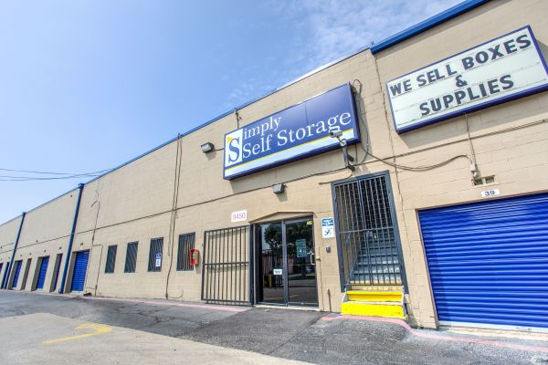 Simply Self Storage Dallas Tx Hargrove Dr9450 Drive