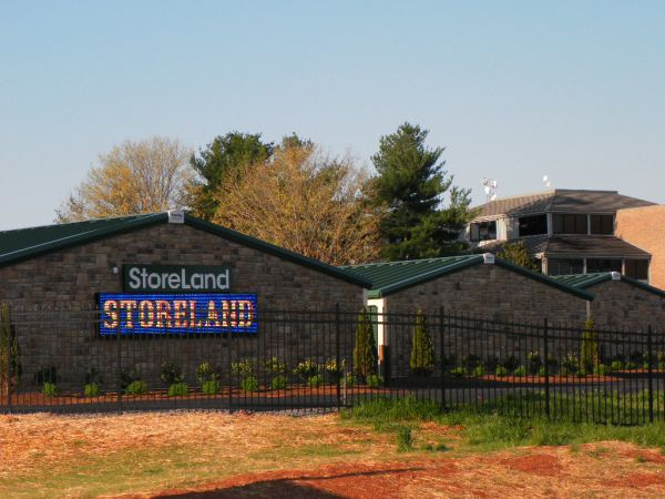 ... Storeland Self Storage18424 Gate Road   Culpeper, VA   Photo 0 ...