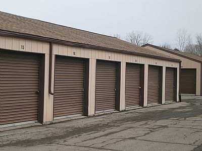 Lapeer Self Storage - Lock Tight 2080 North Lapeer Road Lapeer, MI - Photo 4