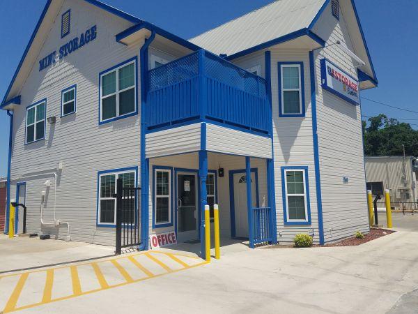 US Storage Centers - San Antonio - 5149 Blanco Road 5149 Blanco Road San Antonio, TX - Photo 6
