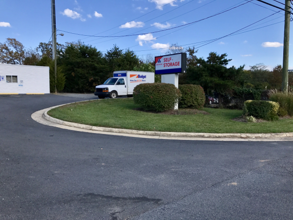 Devon Self Storage - Sterling DST 21639 Cascades Parkway Sterling, VA - Photo 3