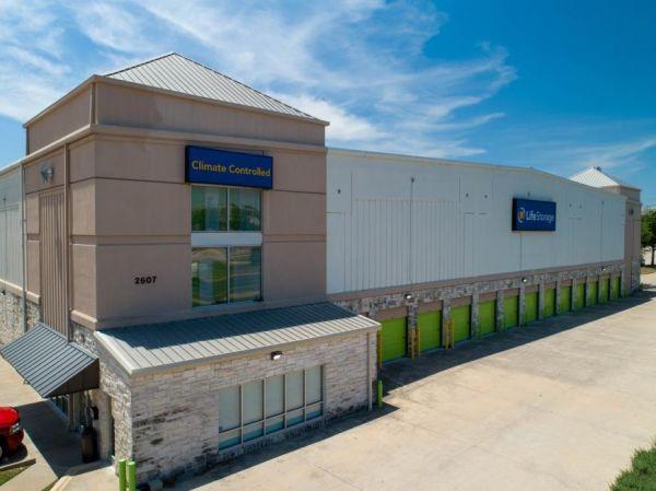 Life Storage - Austin - West Braker Lane 2607 West Braker Lane Austin, TX - Photo 6