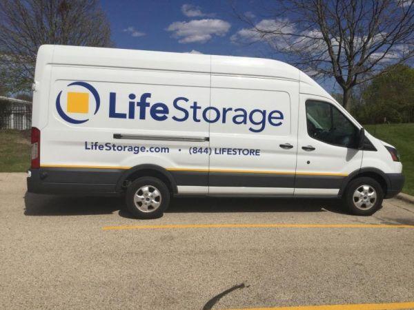 Life Storage - Algonquin 2301 West Algonquin Road Algonquin, IL - Photo 6