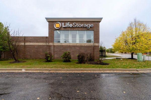 Life Storage - Algonquin 2301 West Algonquin Road Algonquin, IL - Photo 4