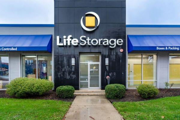 Life Storage - Chicago - West Addison Street 3323 West Addison Street Chicago, IL - Photo 1