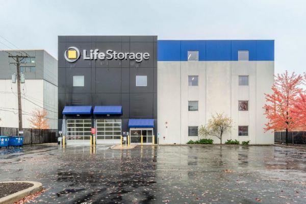 Life Storage - Chicago - West Addison Street 3323 West Addison Street Chicago, IL - Photo 4
