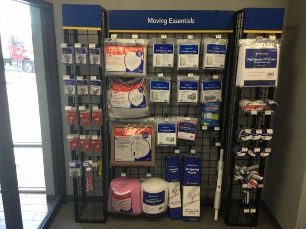 Life Storage - Chicago - 4014 West Grand Avenue 4014 West Grand Avenue Chicago, IL - Photo 5