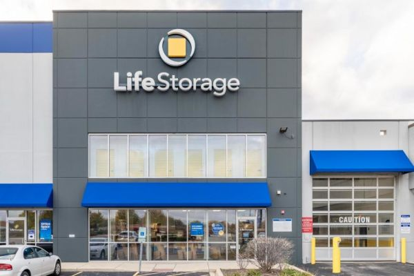 Life Storage - Aurora - North Randall Road 1650 North Randall Road Aurora, IL - Photo 4