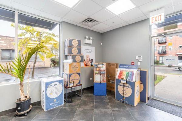 Life Storage - Chicago - West Diversey Avenue 6603 West Diversey Avenue Chicago, IL - Photo 4