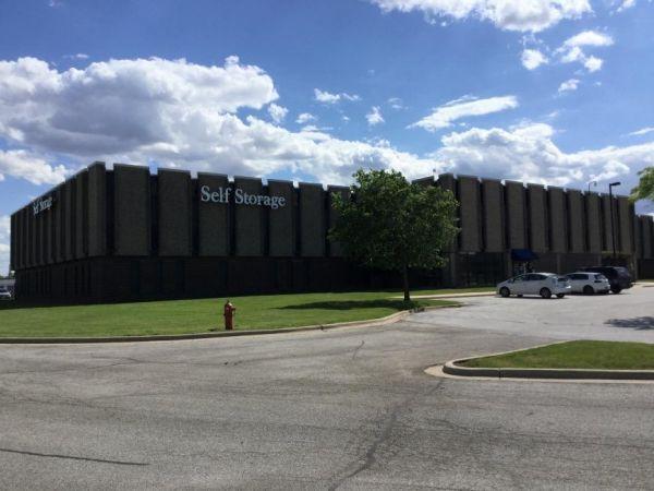 Life Storage - Matteson 21700 South Cicero Avenue Matteson, IL - Photo 0