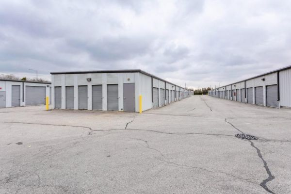 Life Storage - Matteson 21700 South Cicero Avenue Matteson, IL - Photo 7
