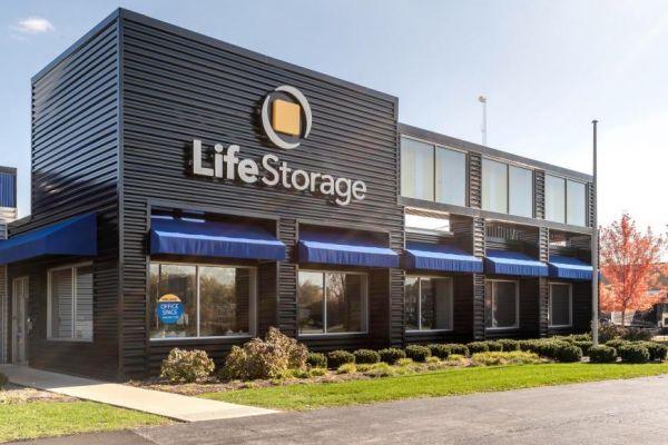 Life Storage - Forest Park 1800 Desplaines Avenue Forest Park, IL - Photo 8