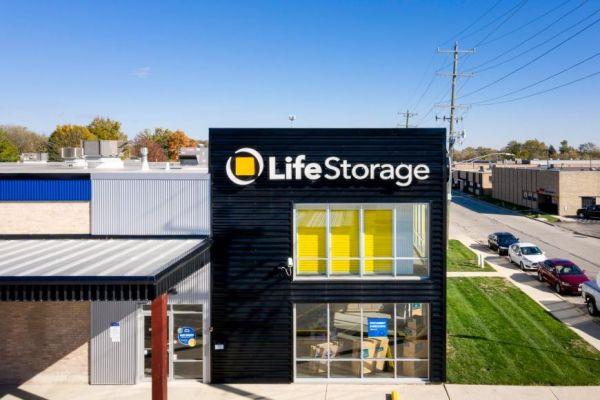 Life Storage - La Grange Park 405 Shawmut Avenue La Grange Park, IL - Photo 3