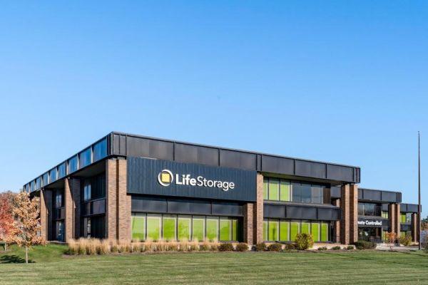 Life Storage - Glenview 1205 North Milwaukee Avenue Glenview, IL - Photo 3