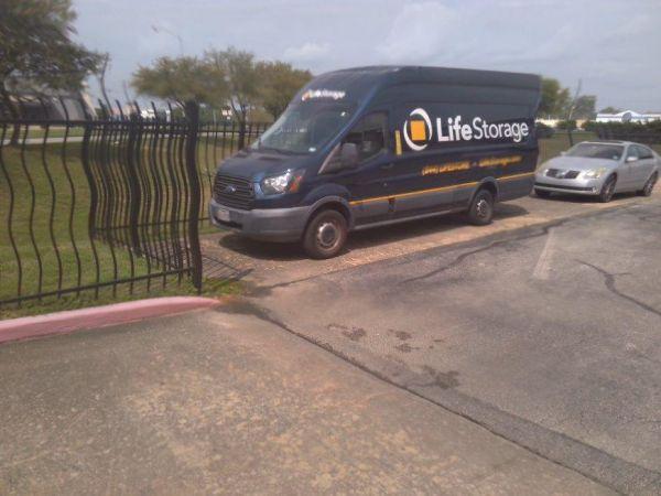 Life Storage - Houston - East T C Jester Boulevard 1770 East T C Jester Boulevard Houston, TX - Photo 3