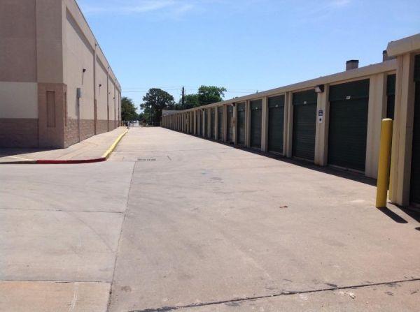 Life Storage - Houston - East T C Jester Boulevard 1770 East T C Jester Boulevard Houston, TX - Photo 0