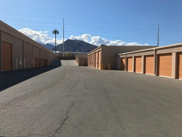 Life Storage - Las Vegas - West Cheyenne Avenue 9770 West Cheyenne Avenue Las Vegas, NV - Photo 6