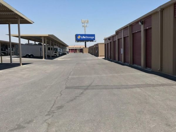 Life Storage - Las Vegas - Dean Martin Drive 11330 Dean Martin Drive Las Vegas, NV - Photo 0