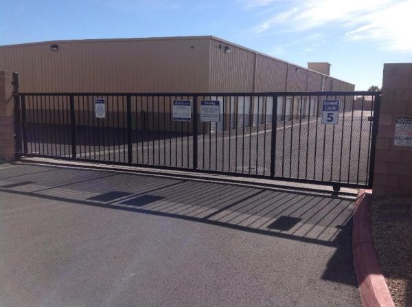 Life Storage - Las Vegas - West Flamingo Road 9227 West Flamingo Road Las Vegas, NV - Photo 6