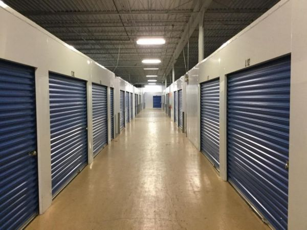 Life Storage - Milwaukee - North Green Bay Avenue 4565 North Green Bay Avenue Milwaukee, WI - Photo 8