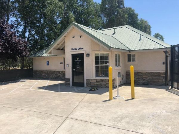 Life Storage - Sacramento - 8740 Calvine Road 8740 Calvine Road Sacramento, CA - Photo 0