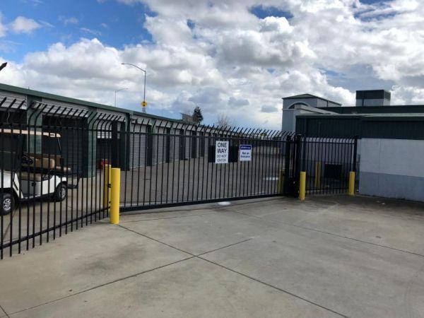 Life Storage - Sacramento - El Camino Avenue 1300 El Camino Avenue Sacramento, CA - Photo 2