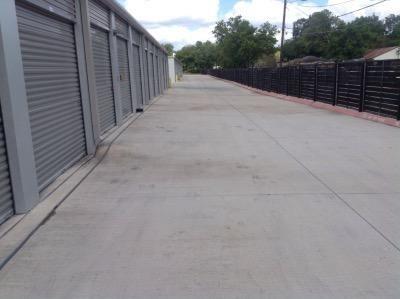 Life Storage - San Marcos - IH-35 Frontage Road 1615 Interstate 35 Frontage Road San Marcos, TX - Photo 5