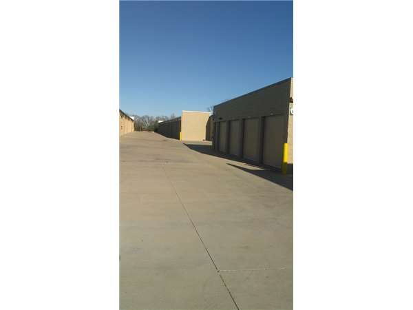 ... Extra Space Storage   Mansfield   Hwy 11871351 Farm To Market Road 1187    Mansfield, ...