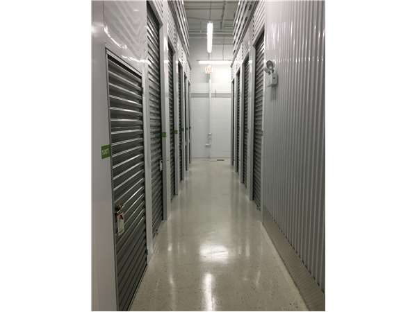 Extra Space Storage - Chicago - Narragansett Ave 1944 North Narragansett Avenue Chicago, IL - Photo 2