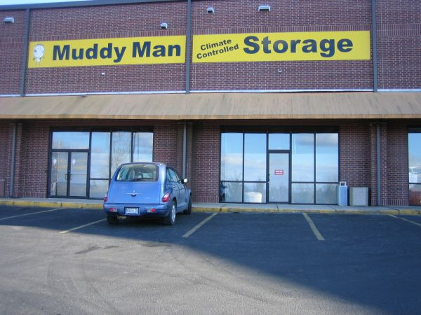 Muddy Man Climate Controlled Storage at Vista Plaza (across from Walmart on Hwy 76) 2005 Missouri 76 Branson, MO - Photo 1