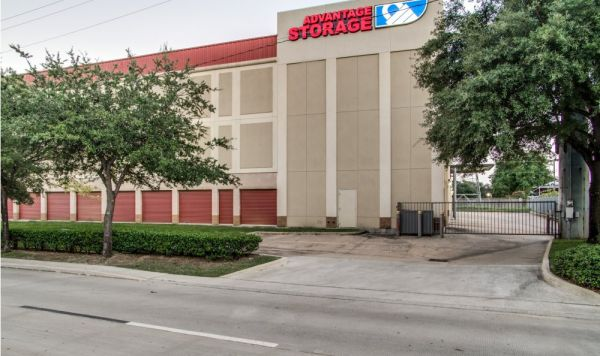 Advantage Storage - Kirby 2505 Southwest Freeway Houston, TX - Photo 2