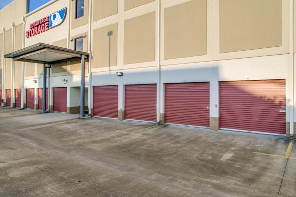 Advantage Storage - Kirby 2505 Southwest Freeway Houston, TX - Photo 3