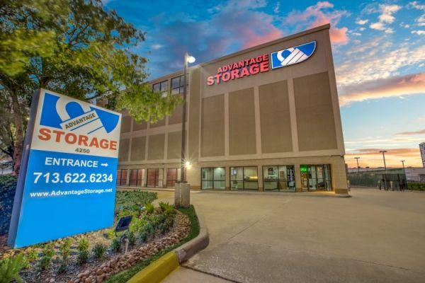 Advantage Storage - Weslayan 4250 Southwest Freeway Houston, TX - Photo 5