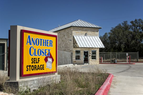 Another Closet Spring Branch By Move It Self Storage