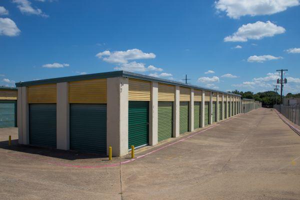 Move It Self Storage - West Arlington 2704 West Division Street Arlington, TX - Photo 6