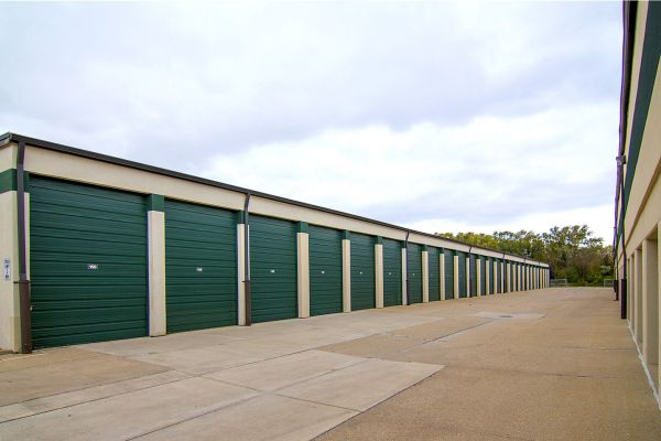 Prime Storage - Arlington Heights 2500 East Hintz Road Arlington Heights, IL - Photo 1