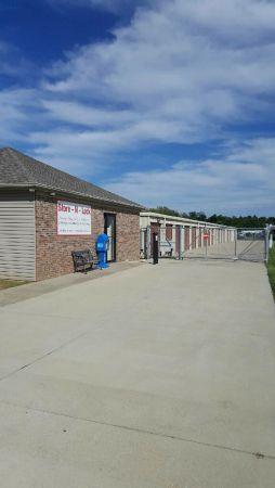 Store N Lock - North 4700 Proficient Drive Evansville, IN - Photo 2
