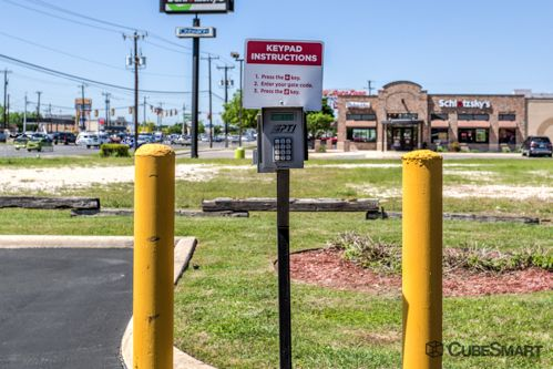 CubeSmart Self Storage - San Antonio - 7950 Bandera Rd 7950 Bandera Rd San Antonio, TX - Photo 6