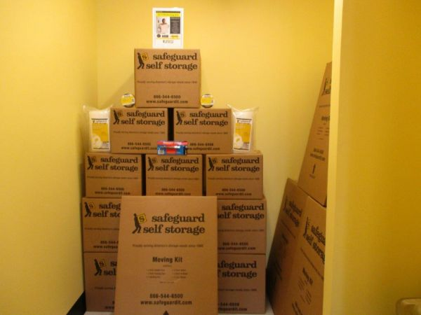 Safeguard Self Storage - Bronx - East Tremont 1112 East Tremont Avenue Bronx, NY - Photo 3