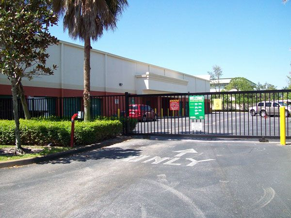 Extra Space Storage - Greenacres - Lake Worth Rd 6035 Lake Worth Road Lake Worth, FL - Photo 4