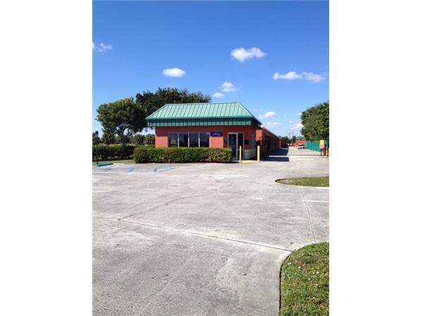 Extra Space Storage - West Palm Beach - 401 N Military Trail 401 North Military Trail West Palm Beach, FL - Photo 6