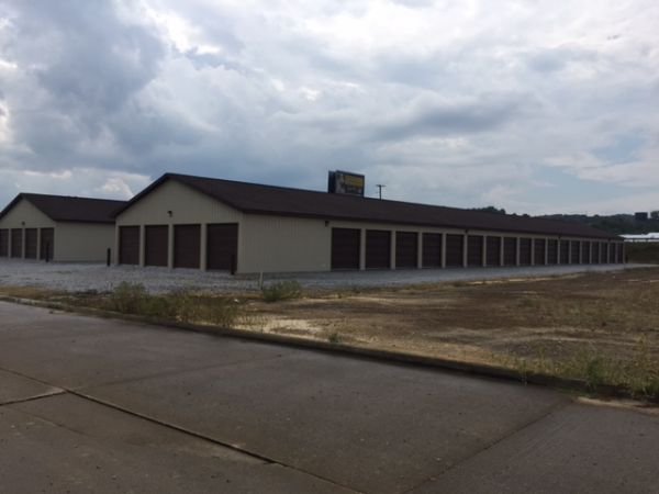 Goshen Properties Storage 1740 North Water Street Extension Uhrichsville, OH - Photo 5
