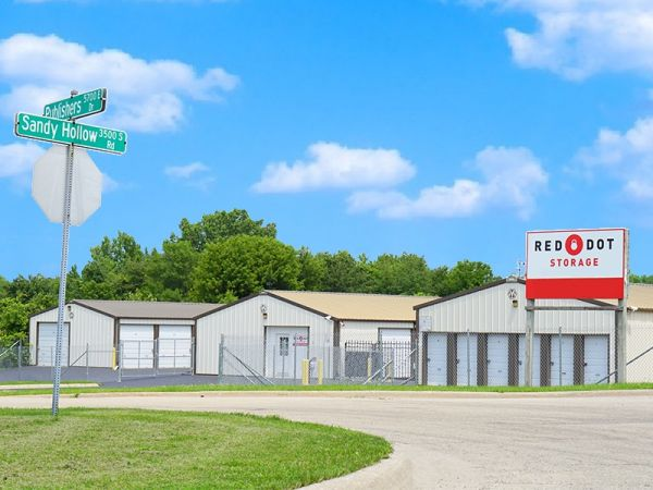 ... Red Dot Storage   Pollack Avenue4905 Pollack Avenue   Evansville, IN    Photo 1 ...