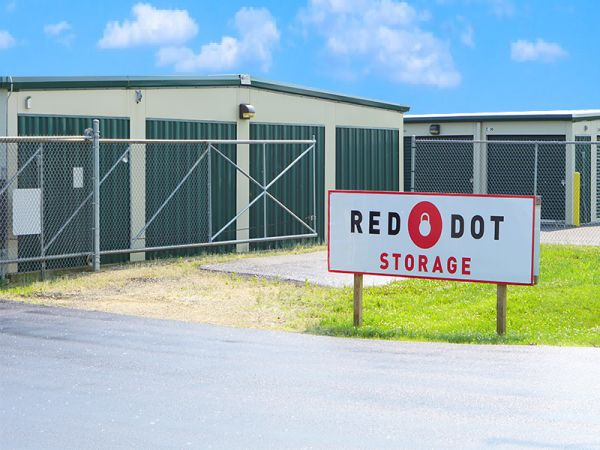 High Quality Red Dot Storage   Pollack Avenue4905 Pollack Avenue   Evansville, IN    Photo 6 ...
