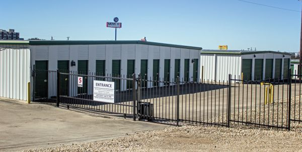 Move It Self Storage - Temple 2708 S 39th St Temple, TX - Photo 5