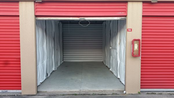 Move It Self Storage - Kemah 525 Cien Road Kemah, TX - Photo 4
