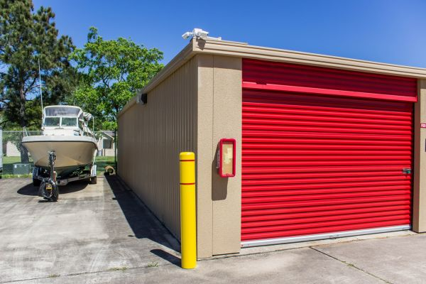 Move It Self Storage - Kemah 525 Cien Road Kemah, TX - Photo 10