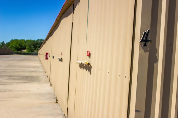 Move It Self Storage - Kemah 525 Cien Road Kemah, TX - Photo 15