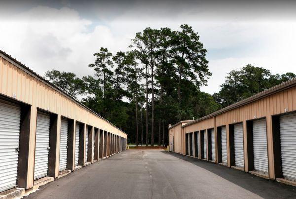 Storage Rentals of America - Beaufort - 10 Self Storage Road 10 Self Storage Road Beaufort, SC - Photo 9