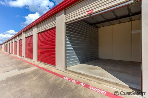 CubeSmart Self Storage - Mansfield - 1587 Hwy 157 1587 Hwy 157 Mansfield, TX - Photo 2